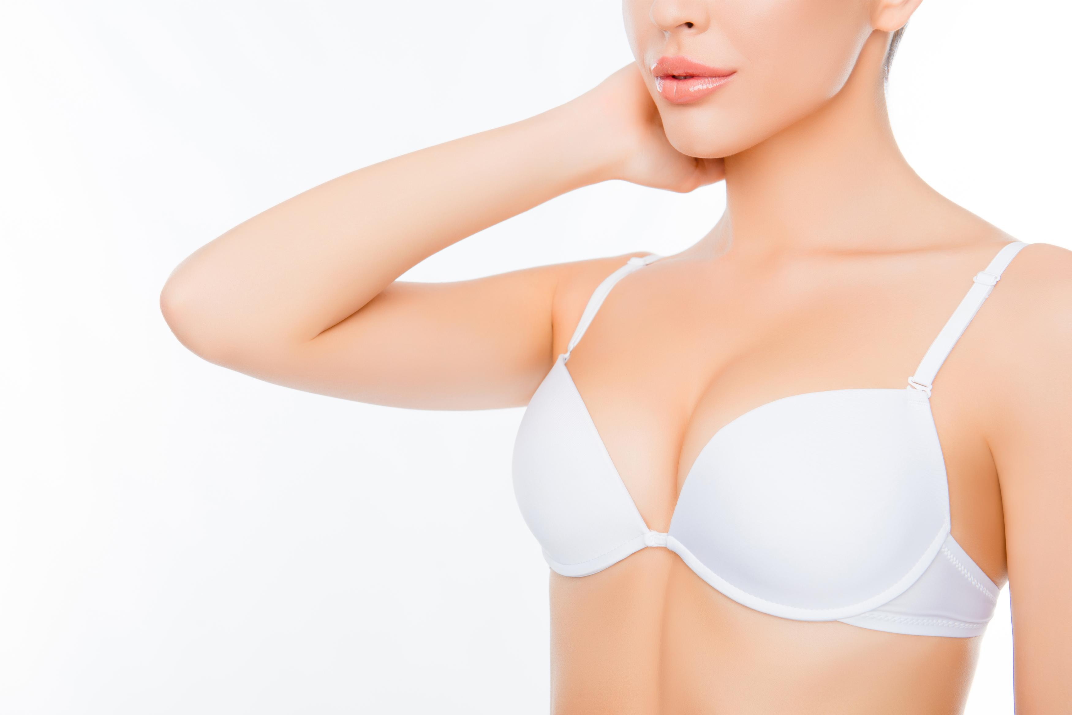 borstvergroting - Vanaf welke leeftijd een borstvergroting?